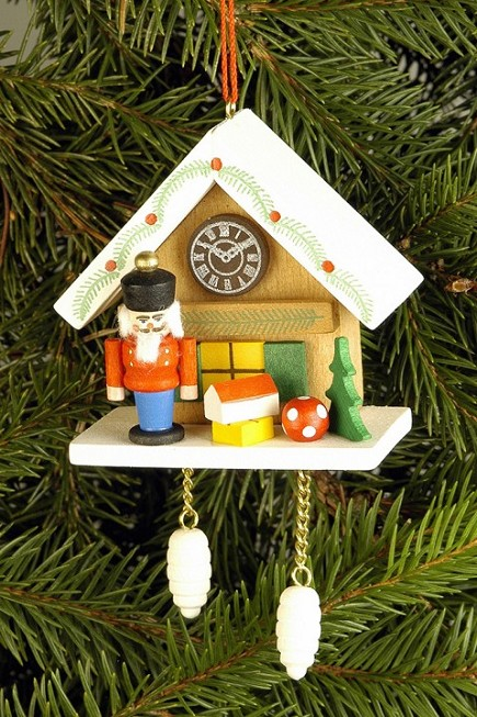 Cuckoo Clock with Nutcracker Ornement